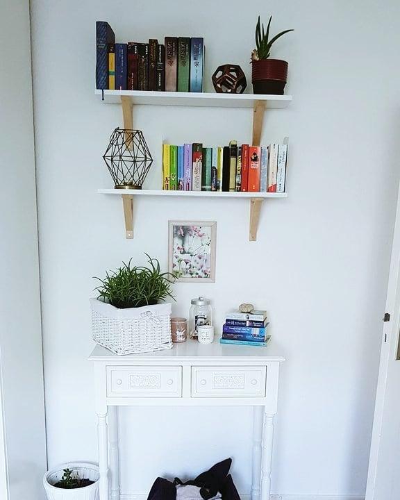 Bücher ausmisten und neu dekorieren